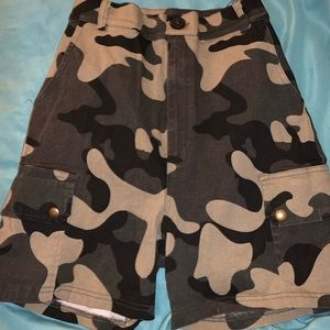 Fashion nova army fatigue shorts